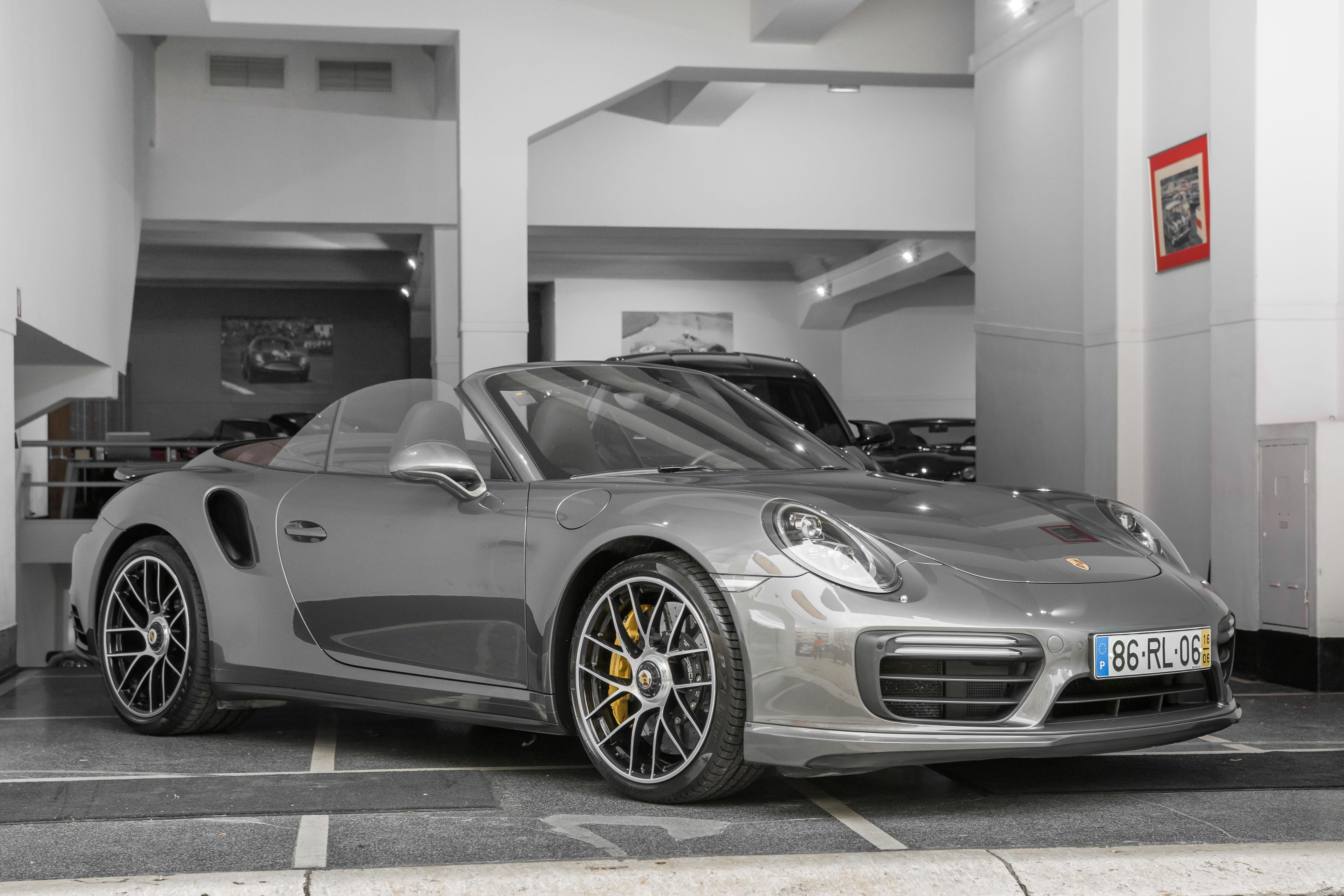 Porsche 911 991.2 Turbo S Cabriolet   FS Automóveis d4b2f45516