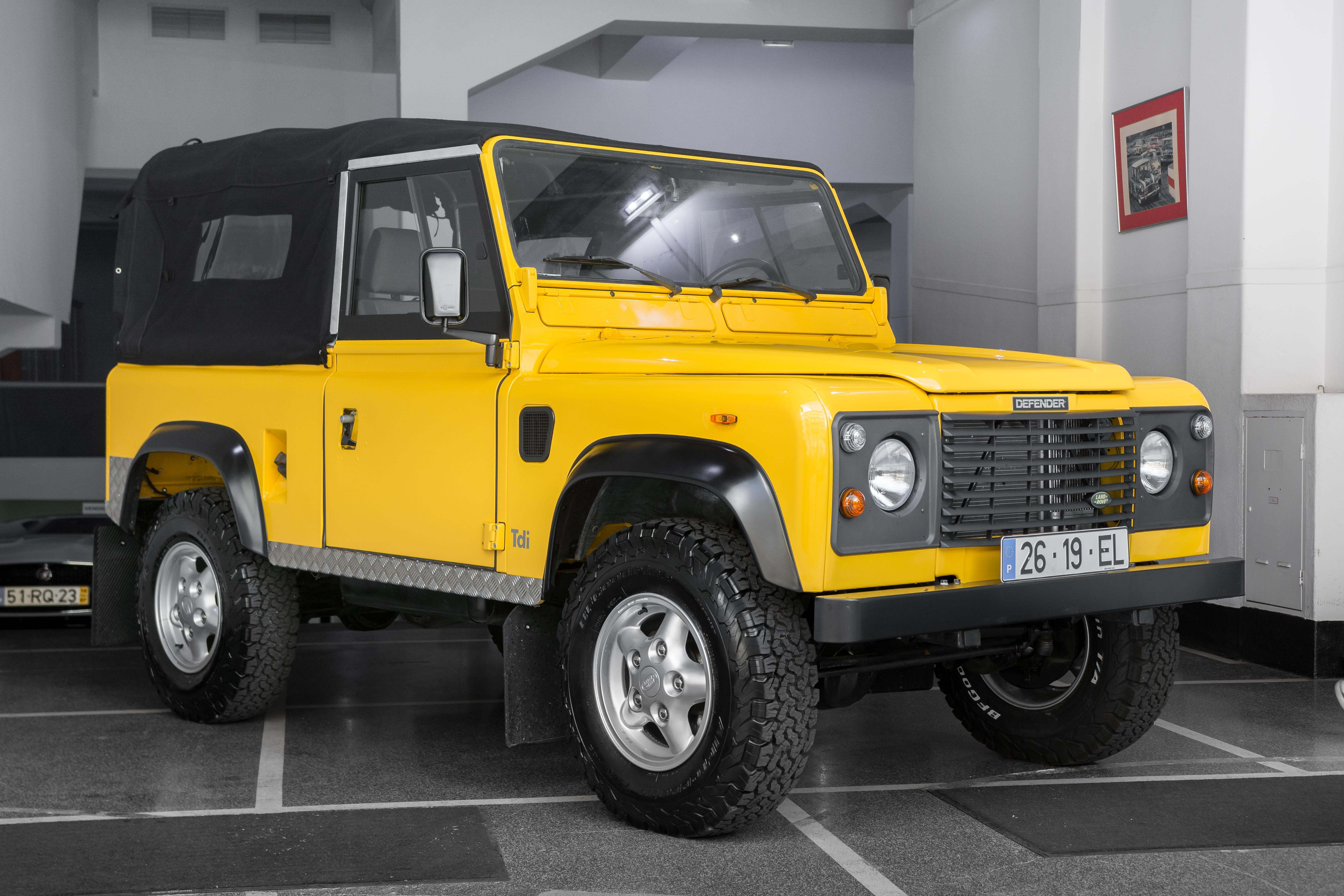 Land Rover Defender 90  U00abnas Recreation U00bb