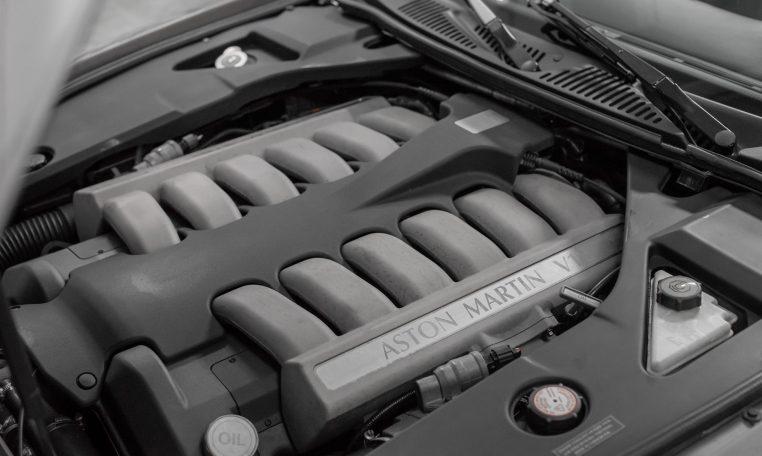 Aston Martin DB7 V12 Vantage Volante