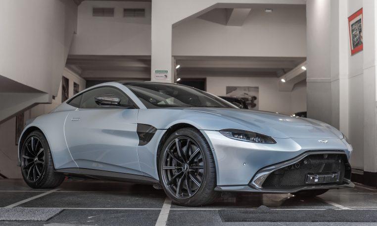 Aston Martin V8 Vantage 4.0